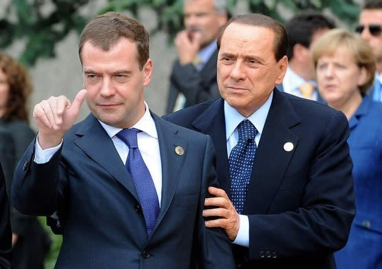 Medvegyev dülöngél a G8-as csúcson