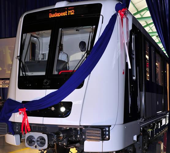 Ilyen lesz az új metró a kettes vonalon.