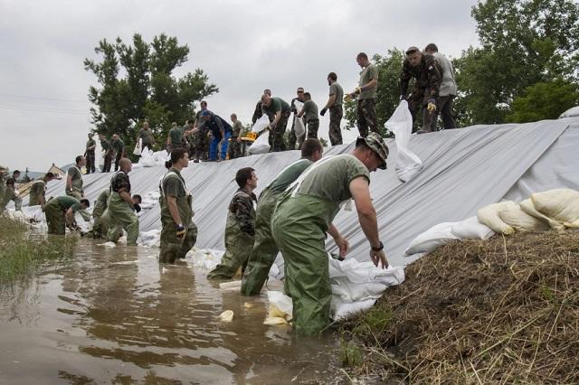 12 milliárdos árvízvédelmi beruházás indult az Alsó-Tiszán és a Hármas-Körösön
