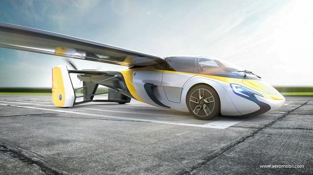 Valóság lett a sci-fi: megépítették a repülő taxit