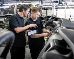 A tét: felszínen maradni - kritikus helyzetben az európai autógyárak