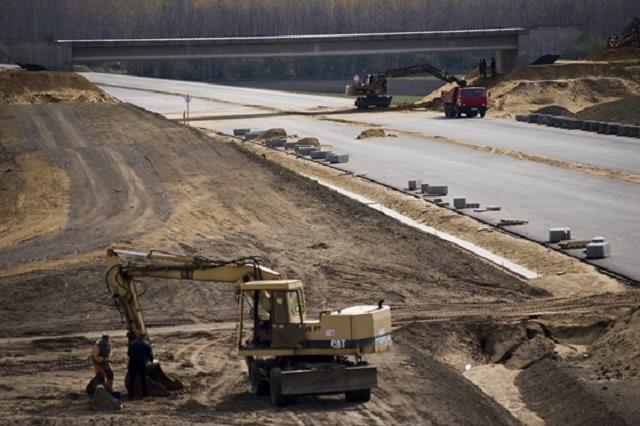 Majdnem 100 milliárdért építhet új autópálya-szakaszt Szíjj László és társasága