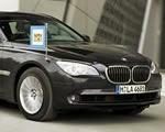 A BMW szuperbiztonságos limuzinja