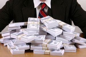 Hoznak-e fordulatot a magyar fizetések? Jövőre is szárnyalhatnak