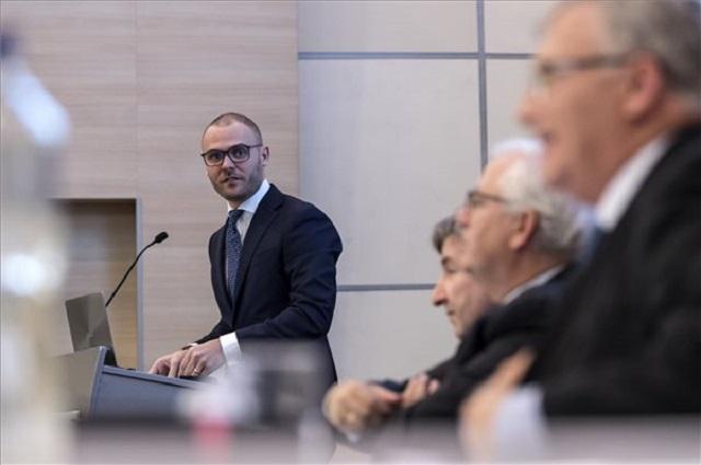 Csepreghy: Nem került szóba az uniós pénzek leállítása