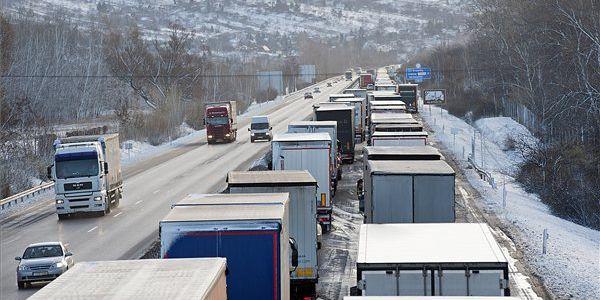 Drágulás jöhet a magyar boltokban, mert díjat emeltek a német fuvarozók