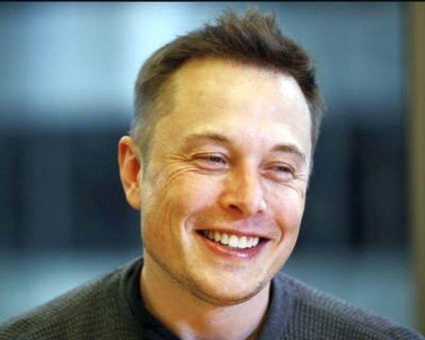 A Tesla alapítója ijesztő jóslattal állt elő