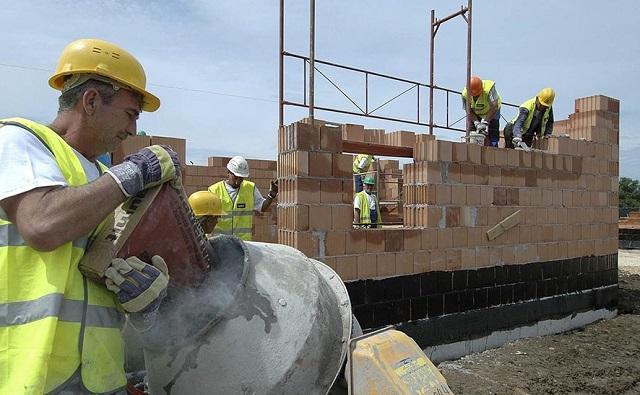 Tovább dübörög az építőipar