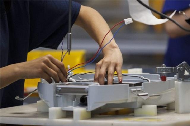 Veresegyházon is leépít a General Electric