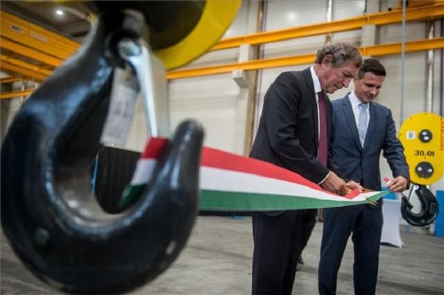 1,17 milliárdból fejlesztették a kecskeméti acélszerkezet-gyárat