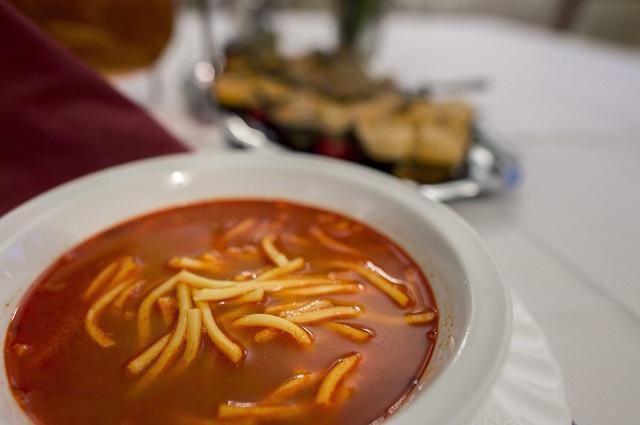Kilenc étterem is bajos a Tiszán, 600 kiló hal látja a kárát
