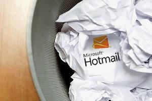 Márkák végveszélyben: búcsú a Hotmailtől, megkopó Avon