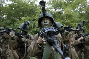 Már a járásokban keresik az önkéntes katonákat