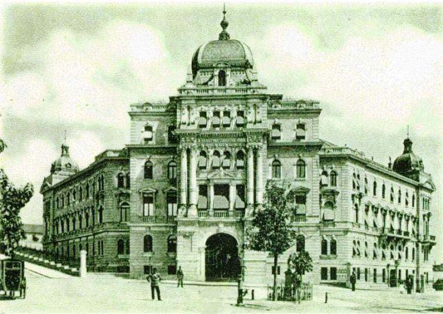 1898-ban kapott állandó helyet a hivatal