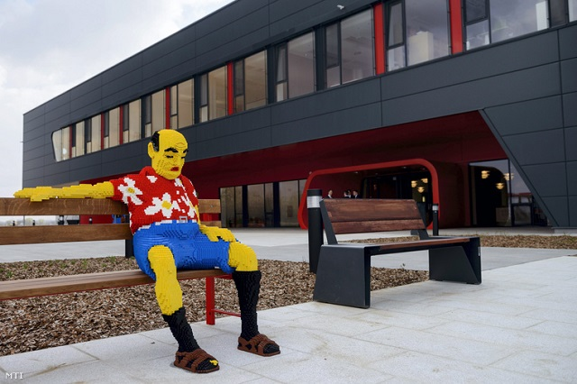 1400 dolgozóját bocsátja el az év végéig a Lego
