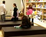 Könyvet a plázából: bajban a sarki kis könyvesboltok
