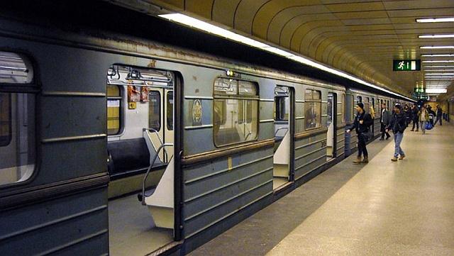 Nincs elég pénz a 3-as metró déli és középső állomásainak felújítására
