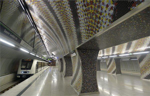Tartalékot képez a kormány a 4-es metró miatti büntetés megfizetésére