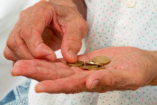 Indul a nyugdíjprémium és a nyugdíjkorrekció kifizetése