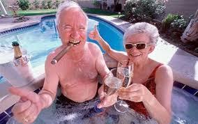 Nyugdíjkalkulátor: Ennyit spóroljon, ha boldog nyugdíjas szeretne lenni!