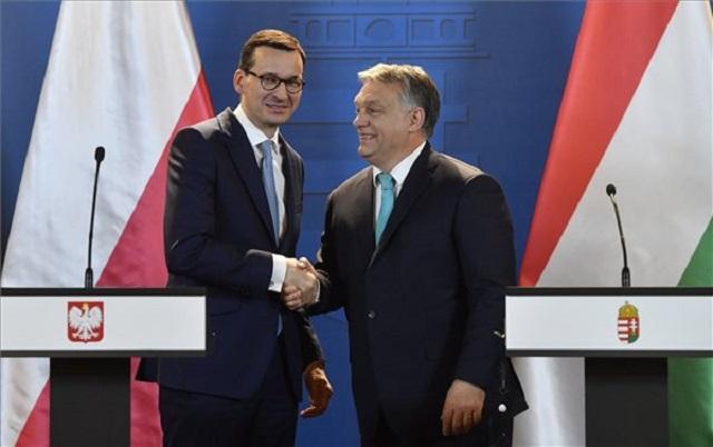 Egy visegrádi fejlesztési bankot akar létrehozni Orbán és a lengyel miniszterelnök