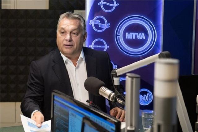 """Orbán: """"Közröhej tárgya mindenhol Európában"""" a civiltörvény miatti EU-s eljárás"""