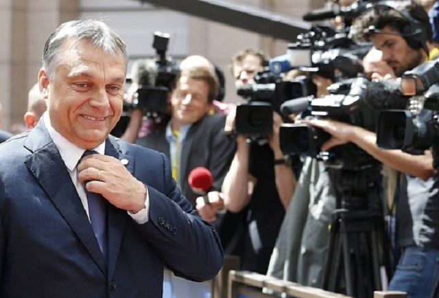 Magyarországra mosolygott a Világbank, és elismerően csettintett is hozzá