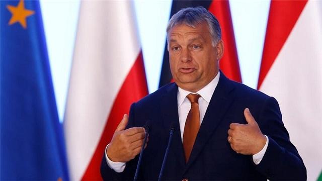 370 ezer ember problémáját még meg kell oldania Orbánéknak