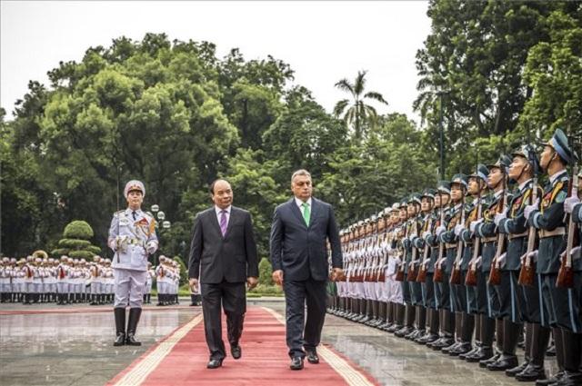 Megtanítjuk Vietnamnak, hogyan kell kezelni az államadósságot