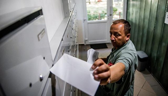 Orbán idén is küld a nyugdíjasoknak karácsonyi Erzsébet-utalványt