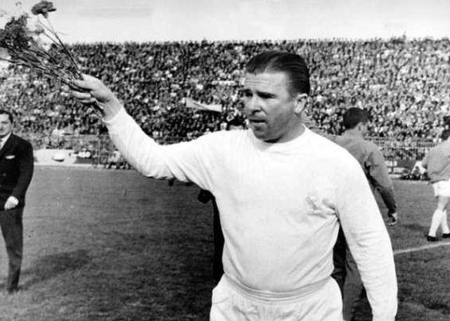 90 éve született Puskás Ferenc