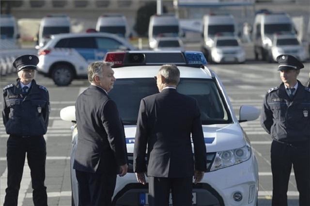 45 milliárdért vesz járműveket a rendőrség