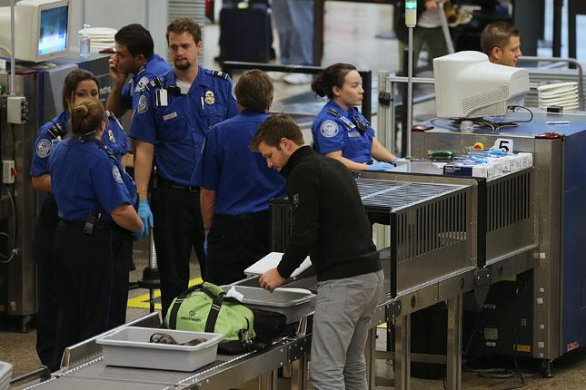 Feloldották a laptoptilalmat a Közel-Keletről Amerikába tartó repülőgépeken