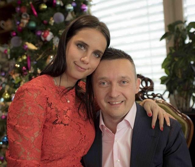 Rogán Antal és felesége, Cecília - a Fidesz politikusa terjesztette be a törvényt
