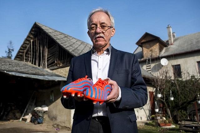 60 milliót kell fizetnie az Adidasnak, mert lenyúlta Oroszi László ötletét