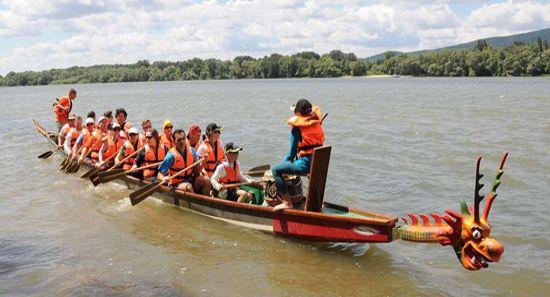 Sárkányhajókat venne az Erzsébet-táborokat szervező alapítvány