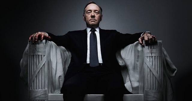 Menti a menthetőt a Netflix: megszakítanak minden kapcsolatot Kevin Spacey-vel
