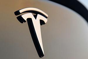 """A mobil lehet a Tesla """"slusszkulcsa"""""""
