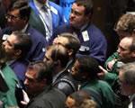 Menekülnek a befektető a tőzsdékről