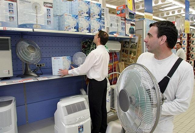 Úgy viszik a ventilátorokat, mintha nem lenne holnap