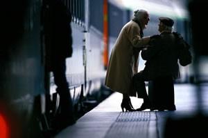 5,8 milliárdot adott az állam a nyugdíjasok vonatozására